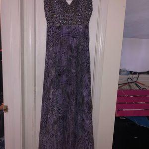 Dresses & Skirts - Purple beaded dress